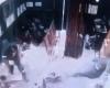 石油採掘機が突然の暴走、作業員が即死する瞬間